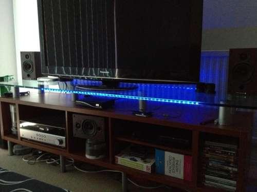 Üveg polc (asztal) élvilágítás, modding LED szalaggal
