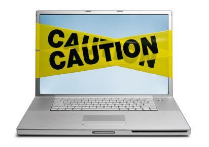 [L:http://logout.hu/dl/upc/2013-08/129811_internet-safety-month.jpg][link][/L]