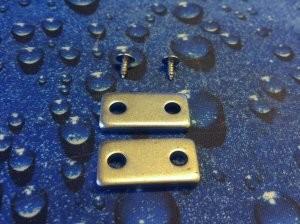 A felhasznált anyagok is rendben vannak. A G302 két oldala egyszerű ef950fd493